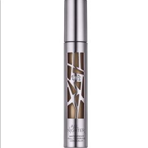 Urban Decay All Nighter Concealer- Brand New!